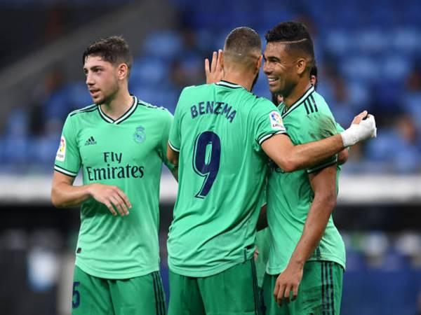 Real Madrid giành lại ngôi đầu bảng La Liga
