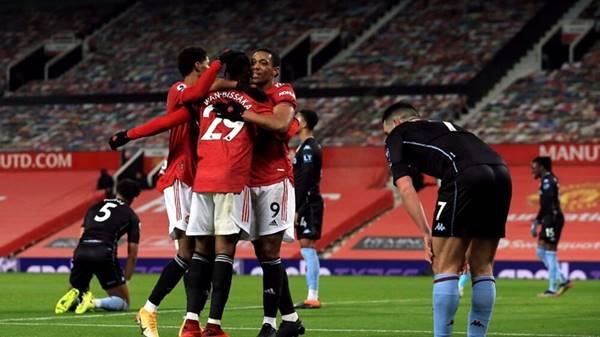 """Manchester United """"soán"""" ngôi của Liverpool"""