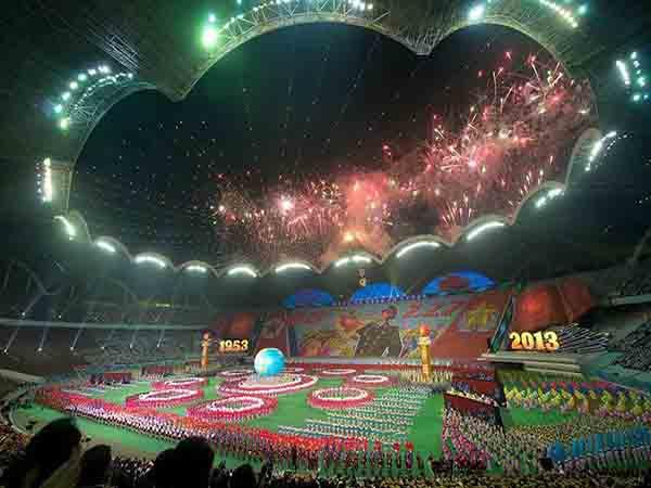 Top 3 sân vận động bóng đá lớn nhất thế giới về sức chứa