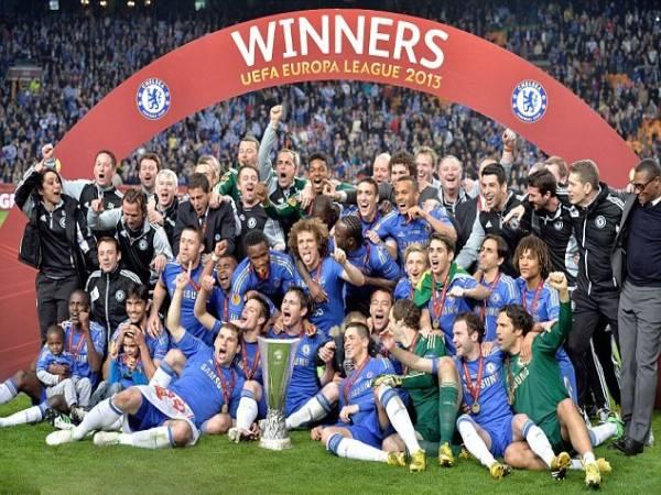 Vô địch Europa League có được dự Champion League không